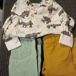 GUC 18 Month OshKosh Hoodie and 2 pairs of pants